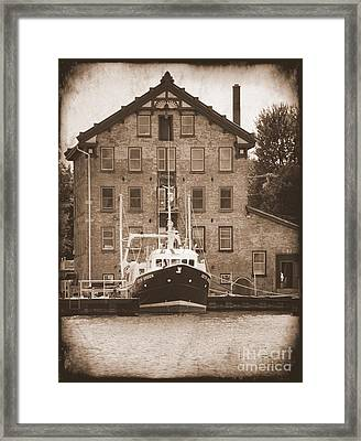 Seth Green Research Boat  Framed Print by Linda Rae Cuthbertson