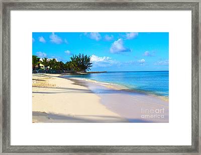 Seven Mile Beach Framed Print by Carey Chen
