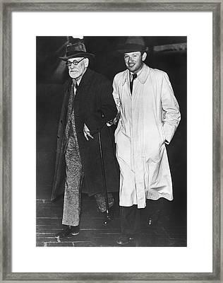 Sigmund Freud In Exile Framed Print by Underwood Archives