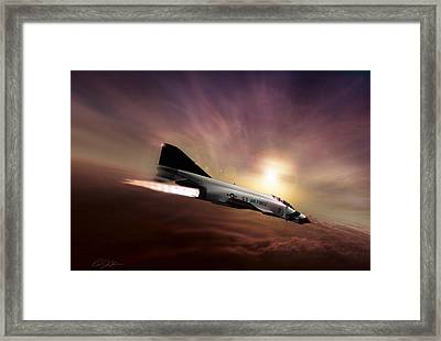 Slot Bird Sunset Framed Print by Peter Chilelli