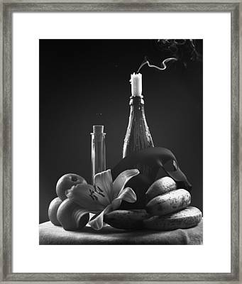 Solo Ecstasy  Framed Print by Marcio Faustino