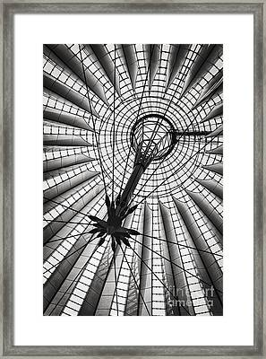 Sony Centre Berlin Framed Print by Rod McLean