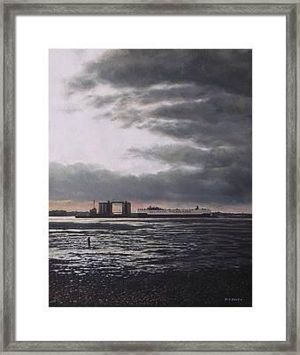 Southampton Docks From Weston Shore Winter Sunset Framed Print by Martin Davey