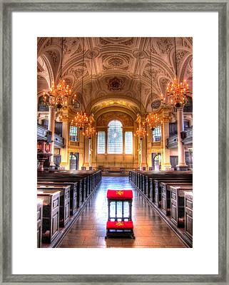 St Martin In The Fields Framed Print by Andreas Thust