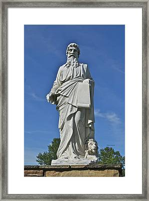 Statue 01 Framed Print by Thomas Woolworth