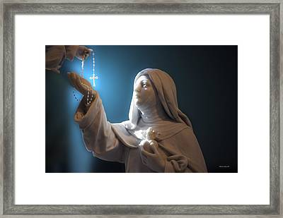 Statue 22 Framed Print by Thomas Woolworth