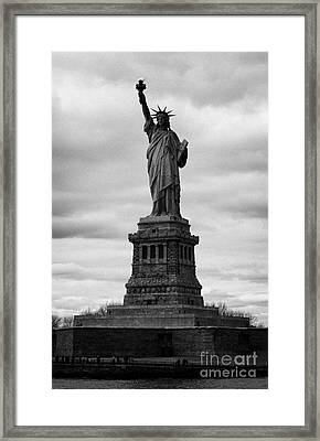 Statue Of Liberty National Monument Liberty Island New York City Usa Framed Print by Joe Fox