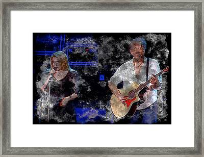Stevie And Lindsey Framed Print by John Delong