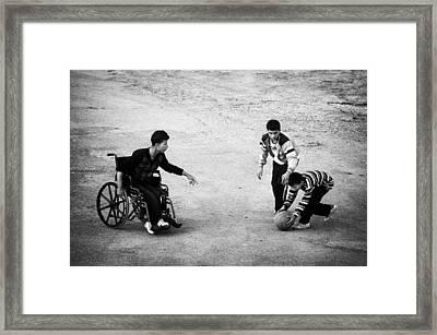 Streetball Framed Print by Ilker Goksen