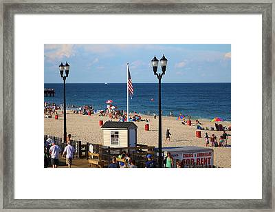 Summer At The Jersey Shore Framed Print by Richard Cheski