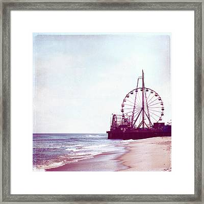 Summer Fun Framed Print by Carolyn Cochrane