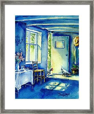 Summer Morning Visitors  Framed Print by Trudi Doyle