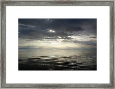 Sun Rays At Sunset Framed Print by Gynt
