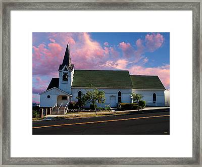 Sunday Morning Framed Print by Glenn McCarthy Art and Photography