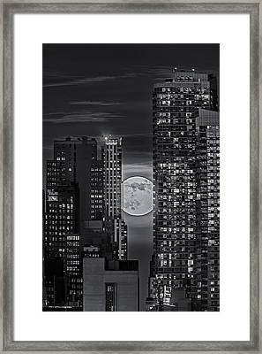Super Moon Rises Over The Big Apple Bw Framed Print by Susan Candelario