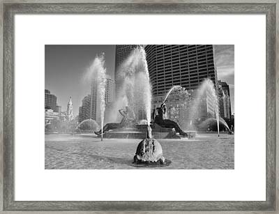 Swann Fountain - Center City Philadelphia In Black And White Framed Print by Bill Cannon