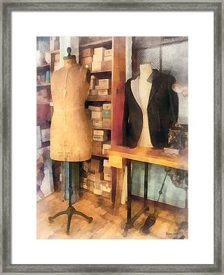 Tailor - A Pair Of Dummies Framed Print by Susan Savad
