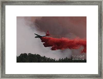 Framed Print featuring the photograph Tanker 07 Drops On The Myrtle Fire by Bill Gabbert