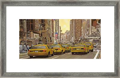 taxi a New York Framed Print by Guido Borelli