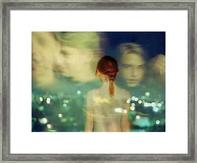 Teenage Curiosity Framed Print by Gun Legler