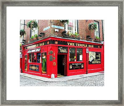 Temple Bar Framed Print by Mel Steinhauer