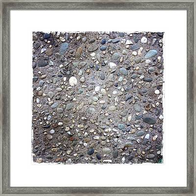 Textured Background Framed Print by Les Cunliffe