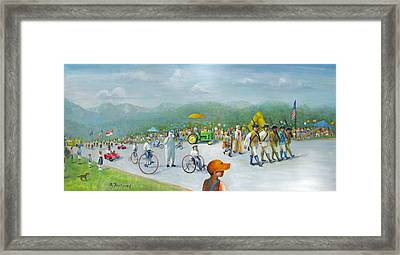 The 4th Of July Framed Print by Oz Freedgood