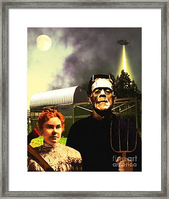The American Gothic Abduction Of Frank And Liz By Visitors From Mars Dsc912 Framed Print by Wingsdomain Art and Photography