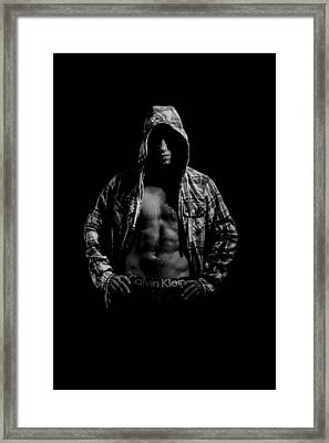 The Boxer Framed Print by Richard Allen