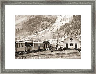 The D And S Pulls Into The Station Framed Print by Mike McGlothlen
