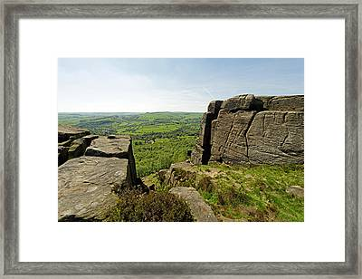 The Derwent Valley From Curbar Edge Framed Print by Rod Johnson
