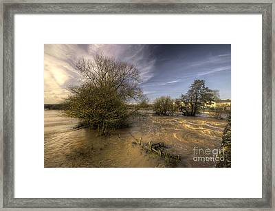 The Floods At Stoke Canon  Framed Print by Rob Hawkins