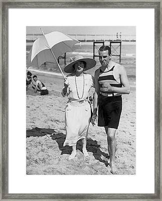 The Graham Whites At The Beach Framed Print by Underwood Archives