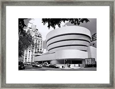 The Guggenheim Black And White Framed Print by Allen Beatty