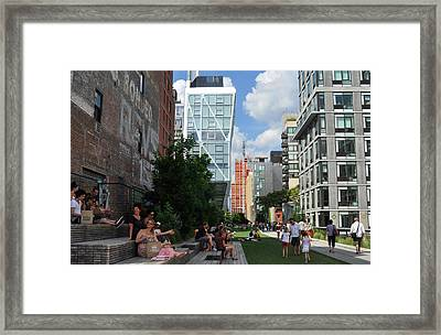 The High Line Framed Print by Diane Lent