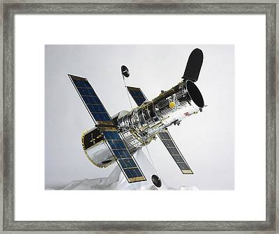 The Hubble Space Telescope Framed Print by Dorling Kindersley/uig