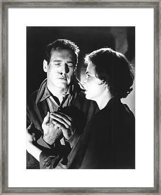 The Hustler, From Left Paul Newman Framed Print by Everett