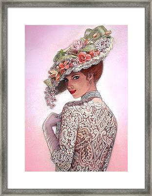 The Look Of Love Framed Print by Sue Halstenberg