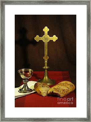 The Lord's Supper Framed Print by Donald Davis