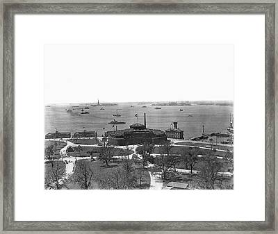 The New York Aquarium Framed Print by Underwood Archives