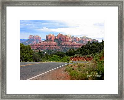 The Road To Sedona Framed Print by Carol Groenen