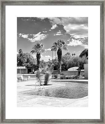 The Sandpiper Pool Bw Palm Desert Framed Print by William Dey