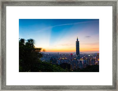 The Sky Of Taipei 101 Framed Print by Dewa Wirabuwana