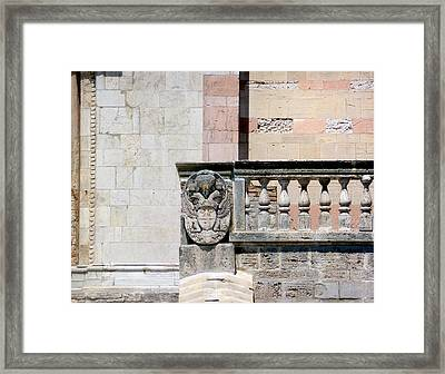 The Wall.. Framed Print by A Rey
