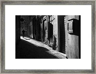 The Way You Walk Away.. Framed Print by A Rey