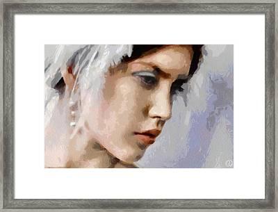 The White Swan Framed Print by Gun Legler