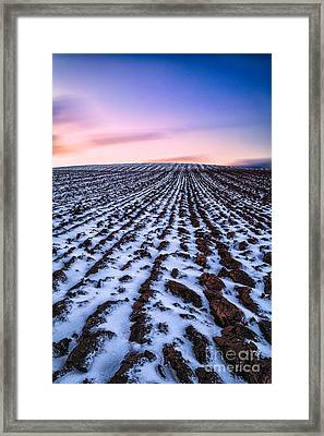 To Infinity Framed Print by John Farnan