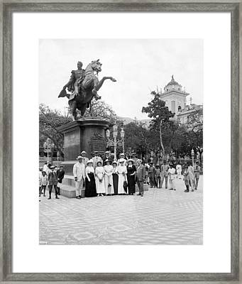 Tourists In Caracas Framed Print by Underwood Archives