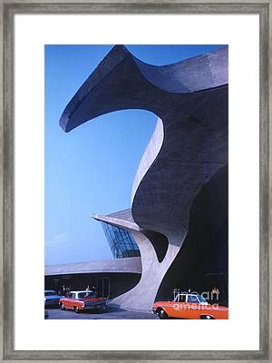 Twa Terminal At Idlewild Airport 1961 Framed Print by The Phillip Harrington Collection