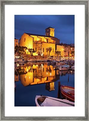 Twilight Over Notre Dame De Framed Print by Brian Jannsen